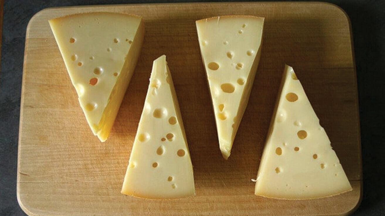 Белизна зубов: сыр