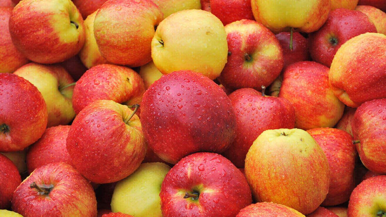 Белизна зубов: яблоки